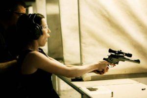 Pistolskytte och middag i Stockholm
