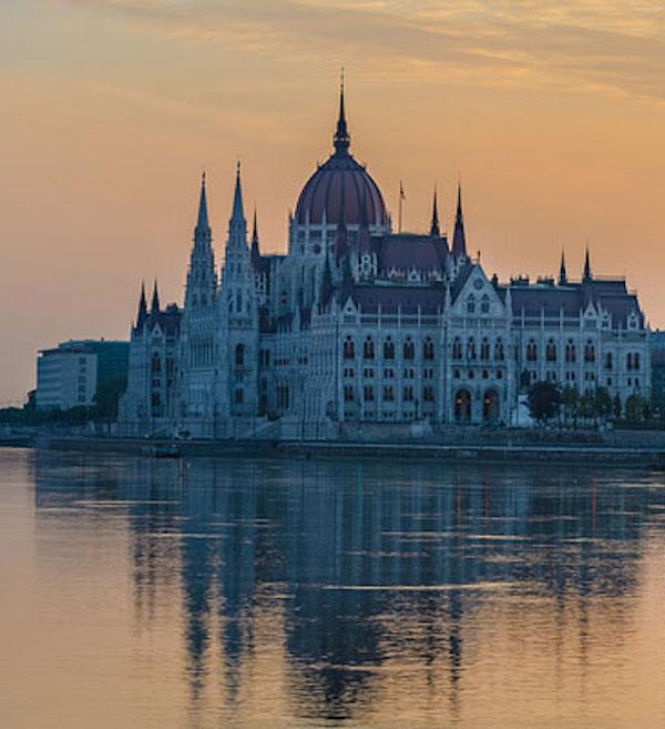 Academic Work i Budapest