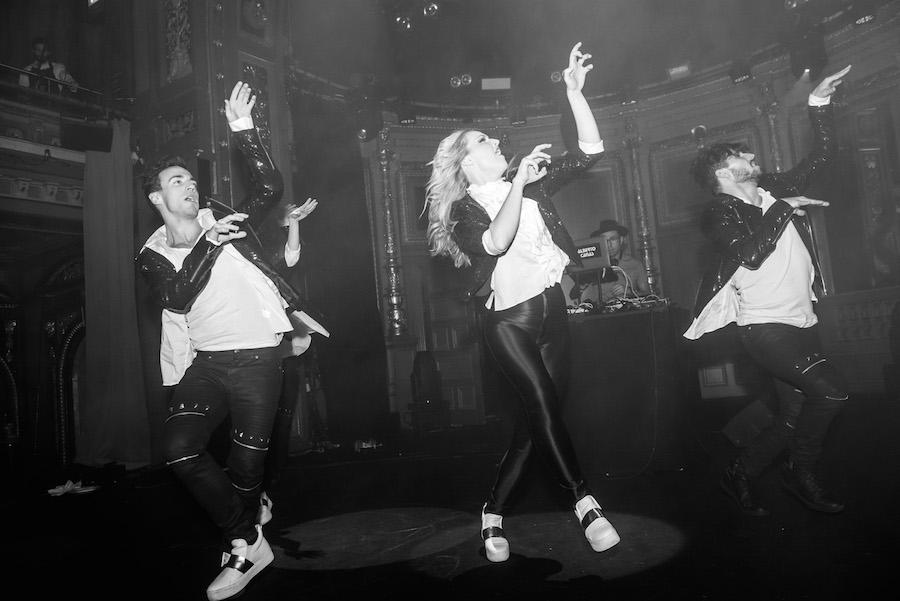 julfest-dansare