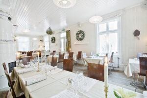 Isskulptering och julbord i Stockholm