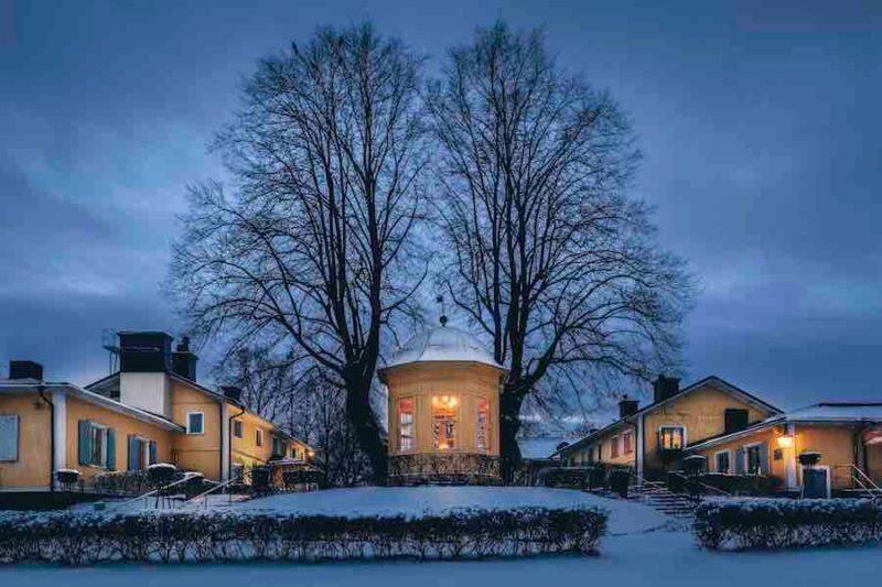 Svenskt julbord på Stallmästaregården