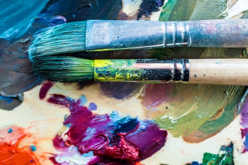 Med penseln i handen - Akrylmålning