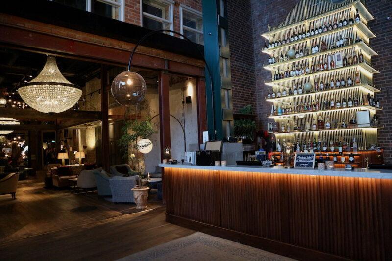 Bar och Lobby på Steam Hotel